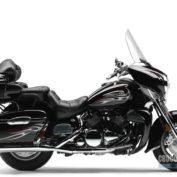 Yamaha-Royal-Star-Venture-S-2010-photo