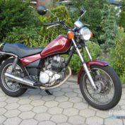 Yamaha-SR-125-2001-photo