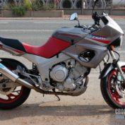 Yamaha-TDM-850-2000-photo