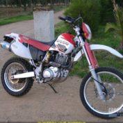 Yamaha-TT-600-R-2000-photo