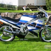 Yamaha-TZR-125-1991-photo