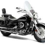 Yamaha-V-Star-Silverado-2013-photo