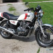 Yamaha-XJ-550-1982-photo