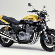 Yamaha-XJR-1300-SP-2001-photo