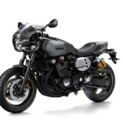 Yamaha-XJR1300-Racer-2015-photo
