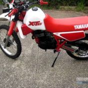 Yamaha-XT-250-1983-photo