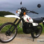 Yamaha-XT-250-1985-photo