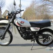 Yamaha-XT-250-1987-photo