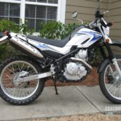 Yamaha-XT250-2009-photo