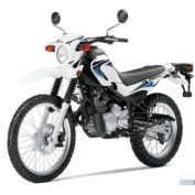 Yamaha-XT250-2012-photo