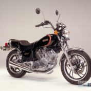 Yamaha-XV-750-Special-reduced-effect-1981-photo