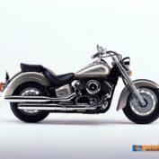 Yamaha-XVS-1100-A-DragStar-Classic-2004-photo