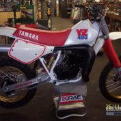 Yamaha-YZ490-1987-photo