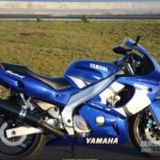 Yamaha-YZF-600-R-2005-photo