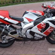 Yamaha-YZF-750-R-1996-photo